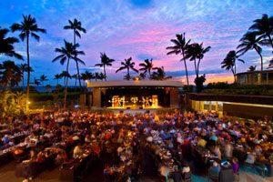 ハワイ島で、最高の料理とエンターテイメント「ヒルトン・ワイコロア・ビレッジ・ルアウショー」の世界へ!
